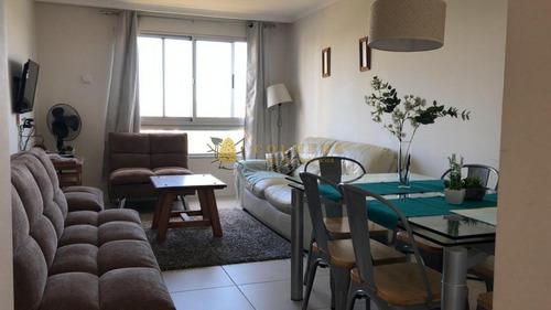 Apartamento En Brava, 1 Dormitorio Alquiler Anual- Ref: 4108