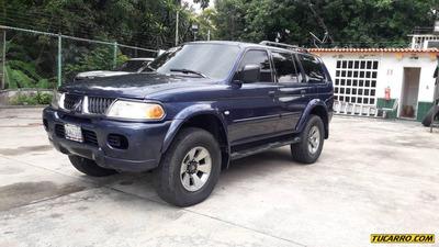 Mitsubishi Montero Gl5