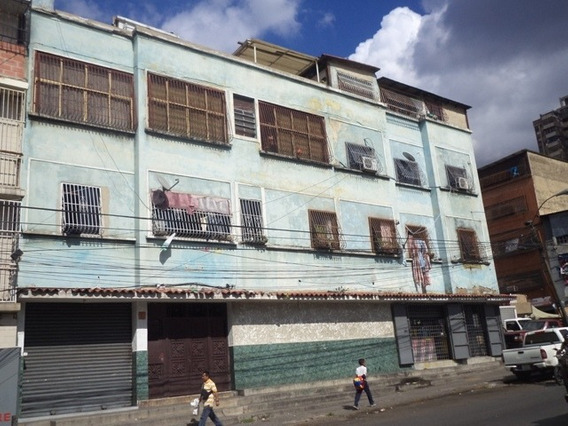 Calle Argentina De Catia Apatamento En Venta