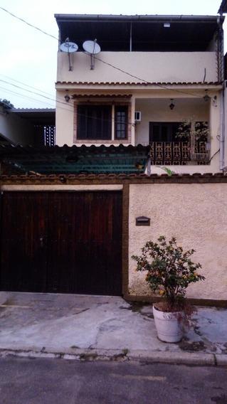 Excelente Casa A Venda No Centro De Nilopolis Rj.