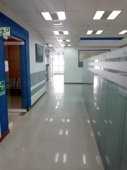 Oficina Edificio Corporativo 513m2/30puestos/amoblad Los Dos Caminos