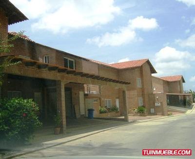 Townhouses En Venta 17-4376