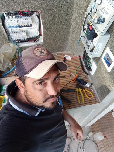 Imagem 1 de 3 de Eletricista Industrial E Residêncial