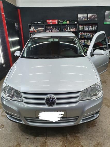 Volkswagen Golf 1.6 Conceptline 2011