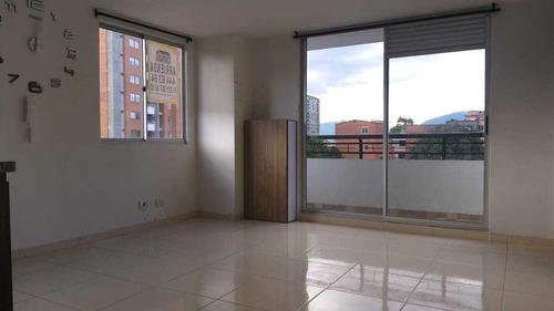 Imagen 1 de 11 de Apartamento En Arriendo Barrio Maria Auxiliadora, Sabaneta.