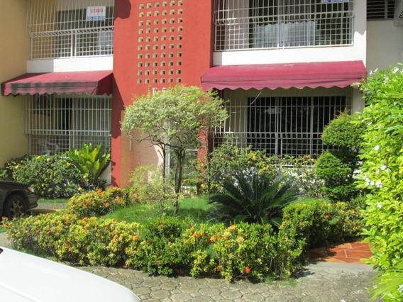 Apartamento Económico De 2 Habitaciones En Arroyo Hondo