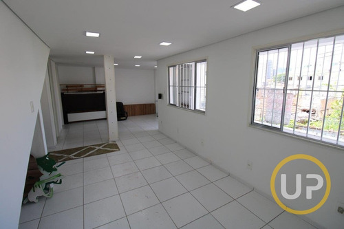 Casa Em Sagrada Família  -  Belo Horizonte - 8562