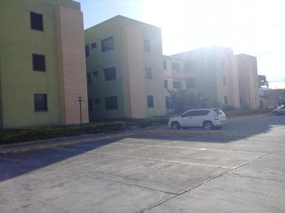 Apartamento En Venta Centro Cabudare Mr