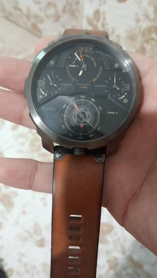 Relógio Diesel Semi-novo