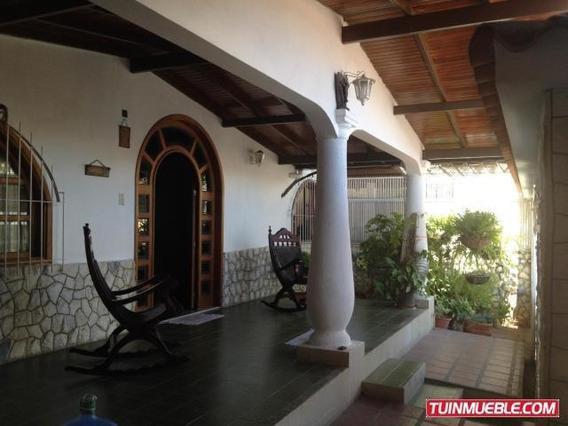 Dvm 19-5789 Casa En Venta Urb. La Mora Ii, La Victoria