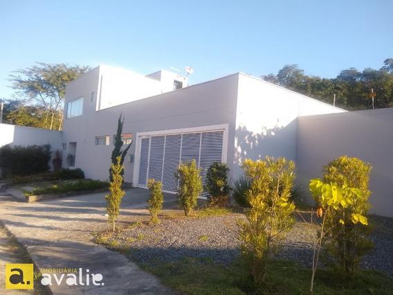 Casa Residencial Semi Mobiliada Com Amplo Terreno! - 6002661v