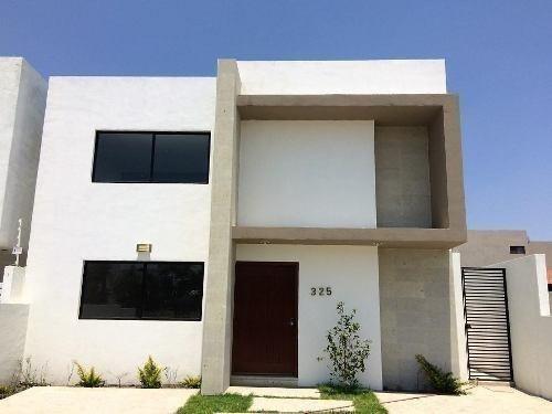Se Vende Hermosa Residencia En Lomas De Juriquilla, 3 Recs