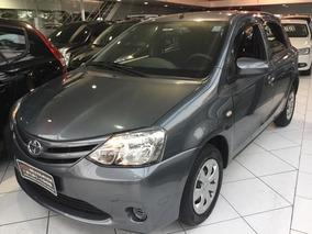 Toyota Etios 1.3 X Flex 4p Hatch