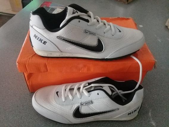 Botas Nike
