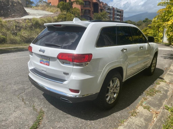 Grand Cherokee Edición Especial Summit