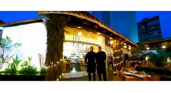 Venta De Prestigioso Restaurante En Maracaibo