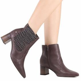 997b40978f Botas Femininas Tanara Cano Curto - Sapatos no Mercado Livre Brasil