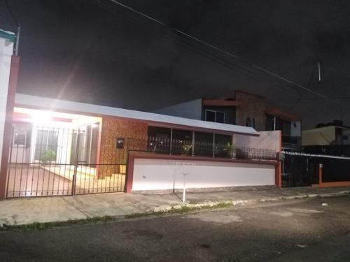 Casa En Venta En Fraccionamiento Virginia. Boca Del Río, Ver.
