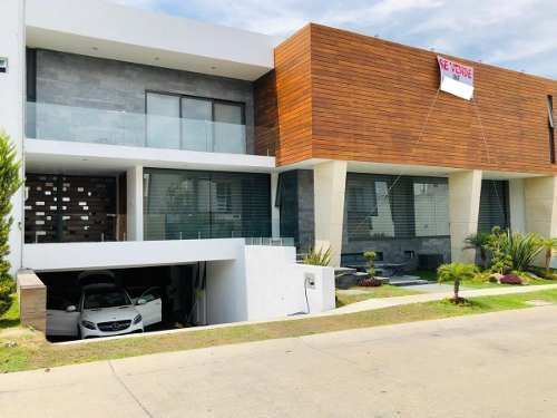 Residencia En Parque Virreyes, Zapopan, Jal.