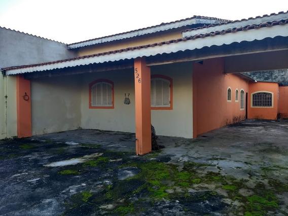 Casa Com 03 Dormitórios Perto Da Praia, Excelente Opção!
