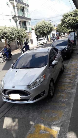 Se Vende Ford Fiesta Titaniun Modelo 2014