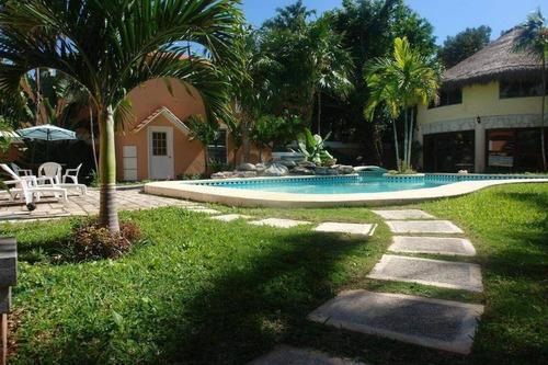 Imagen 1 de 12 de Espectacular Casa, Tranquilidad Y Armonía, En Cancún!, 33122