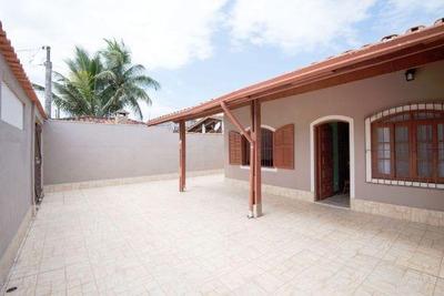Belíssima Casa No Balneário Gaivota, 300 Metros Da Praia