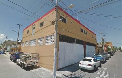 Renta De Bodega Comercial De 240 M2 Sobre Av. López Portillo, Cancún