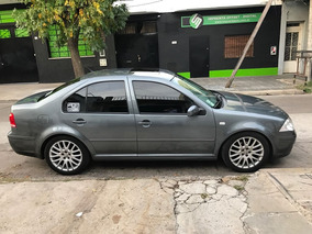 Volkswagen Bora 2.0 Trendline Llantas 1.8 T Cubiertas Nuevas
