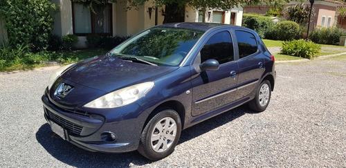Peugeot 207 1.4 Sedan Allure 75cv