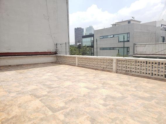 Amplio Penthouse Remodelado Con Terraza, Listo Para Ocupar!