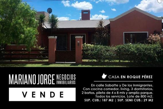 Hermosa Casa Barrio Residencial - Roque Pérez