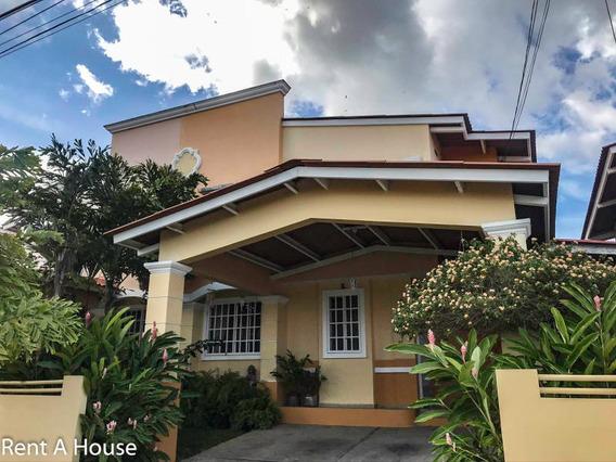 Casa En Alquiler En Villa Lucre 20-3649 Emb