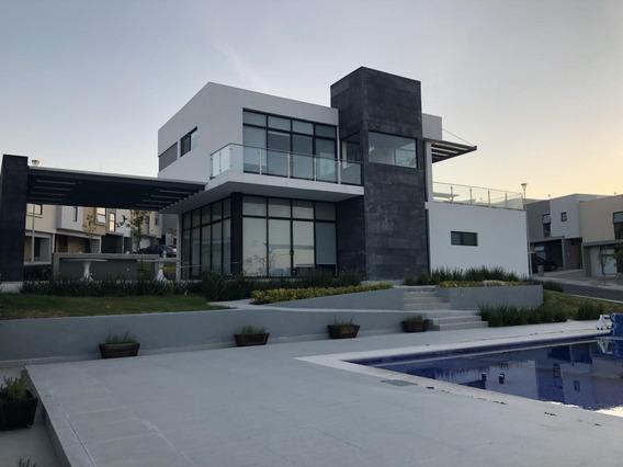 Casa En Renta Zibata Queretaro Cerca Campo De Golf Rcr200526-as