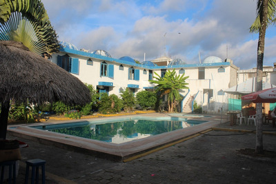 Terreno, Recep, Piscina, Habitaciones Hostería Cabo Blanco
