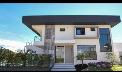 Casa Alto Padrão, Condomínio Fechado, Região Central Balneário Piçarras, Contendo 4 Dormitórios, Sendo Uma Suíte, Piscina, Totalmente Mobiliado. - 3577470