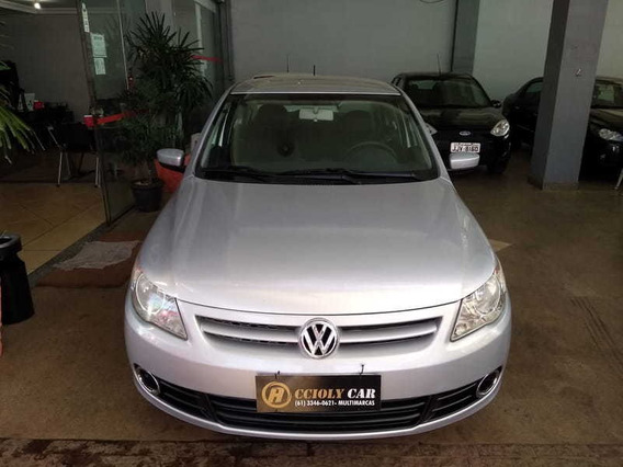 Volkswagen Novo Voyage 1.6 2011