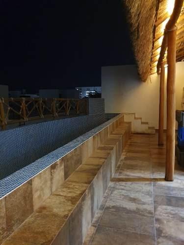 Casa Tipo Loft En Renta Sin Muebles Con Roof Garden Alberca