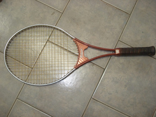 Raquete De Tênis Wilson Extra Light 4 5/8 Com Capa