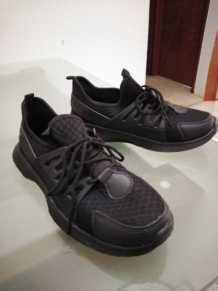 Zapatos Deportivos Unisex Negros Talla 39