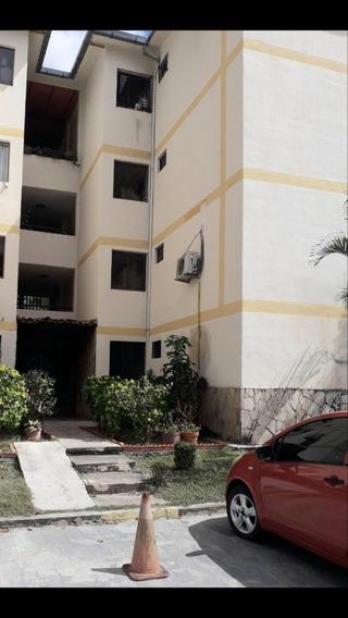 Foa-939 Apartamento En Chalets Country San Diego Luisa Mezon
