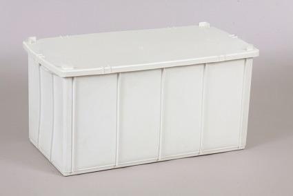 Imagem 1 de 3 de Caixa Plástica Fechada 70 Litros 71x35x35cm Branca C/ Tampa