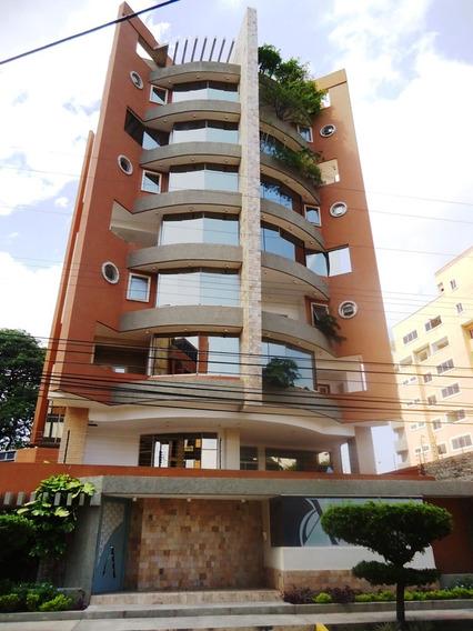 Se Vende Pent House En La Urb La Arboleda 04241765993