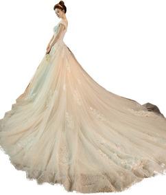 Vestido De Noiva Princesa Rendado Simples Cauda Campo 45