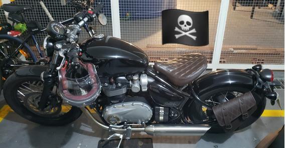 Triumph Bonneville Bobber ( Harley Davidson Sportster 883 )