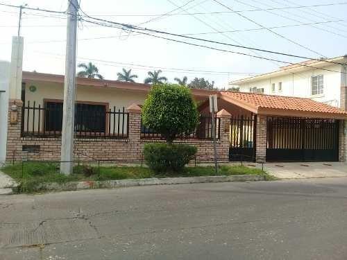 Casa Río Sabinas