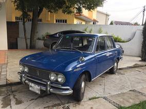 Datsun Bluebird 1968, Con Placas De Clasico,