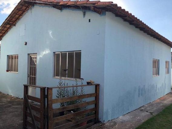Casa Com 3 Quartos Para Comprar No São Pedro Em Esmeraldas/mg - 1793