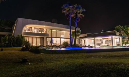 Imagen 1 de 14 de Espectacular Casa En Venta En Club Tres Vidas En La Playa¡¡¡
