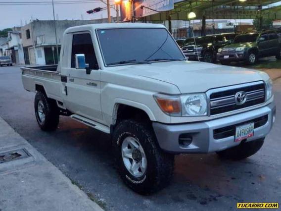 Toyota Pick-up Land Cruiser Sincrónico